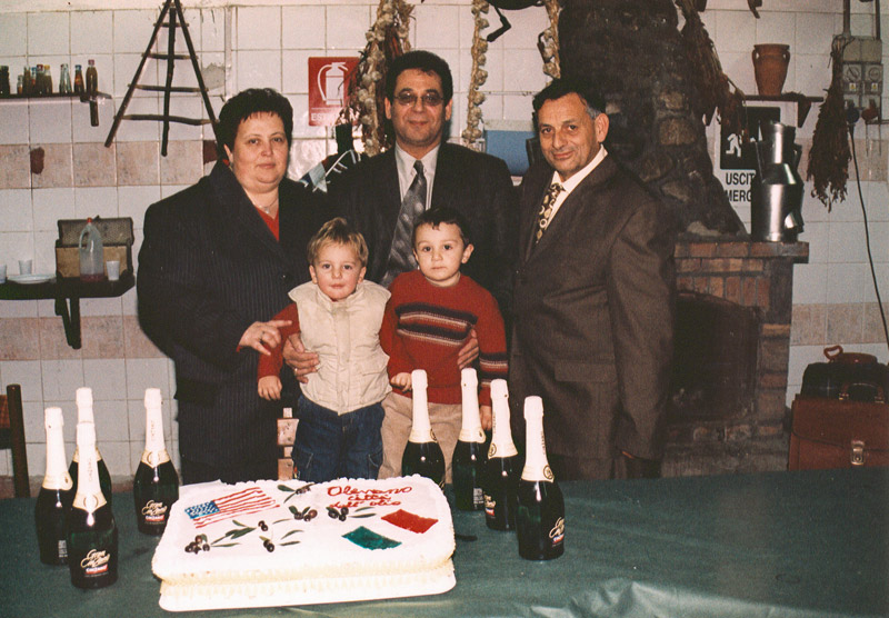 l Fierro (center) with Luigi and Antonetta Fierro and grandsons Luigi and Pasquale
